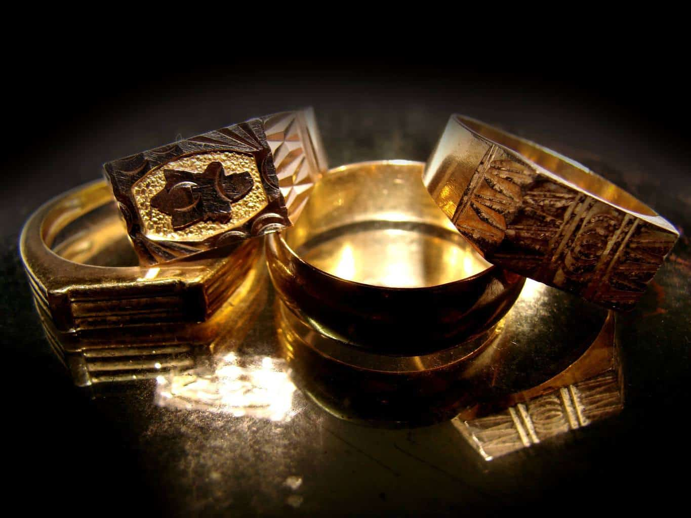 Gold Jewelry Loans Phoenix Pawn and Gold provides!